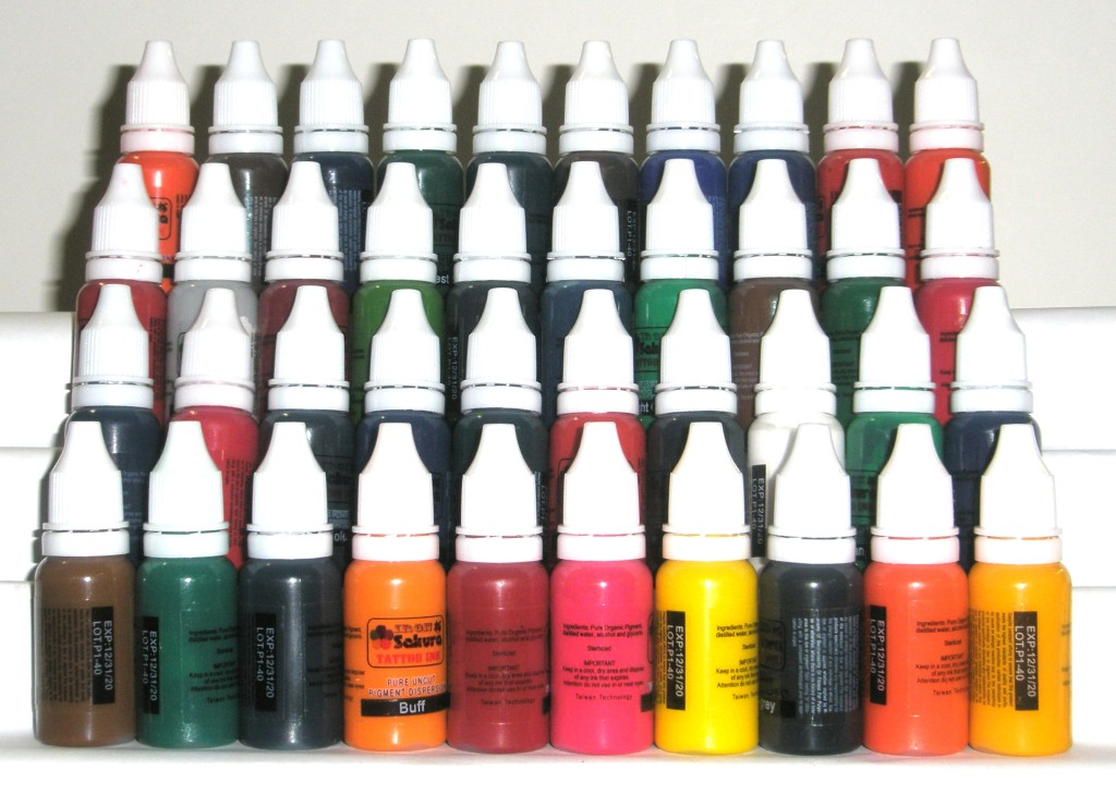 HIGH QUALITY TATTOO INK PIGMENT 40 Colors 15ml 1/2oz